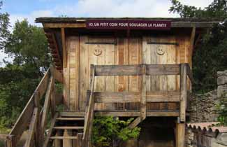 Centre de séjours Le Loubatas - Toilettes sèches
