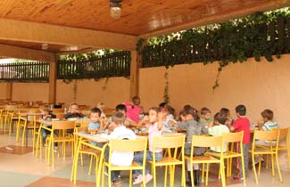 Les Fauvettes - Salle à manger extérieure