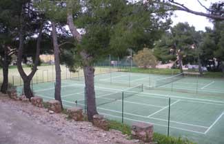 Centre de séjours Les Joncas - Terrains de sports