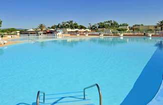 Centre Ternélia-Barcares : la piscine