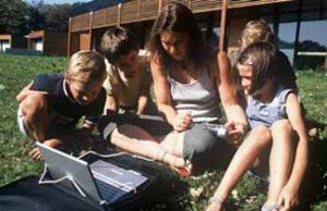 Activité scientifique à l'École Nicolas Hulot