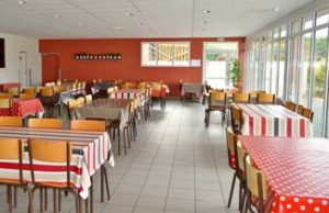 CDV Aurore - La salle de restaurant